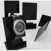 Stojany na hodinky z plexiskla